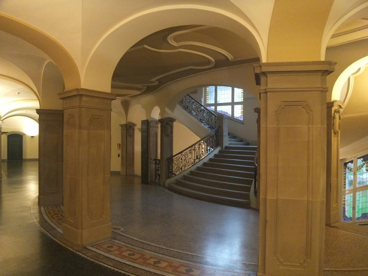 Landgericht-RW_DSCF0931